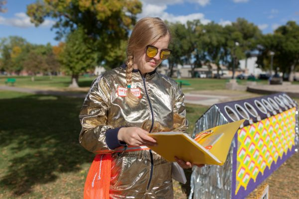 Garbage Party art project dazzles viewers into deeper discussions